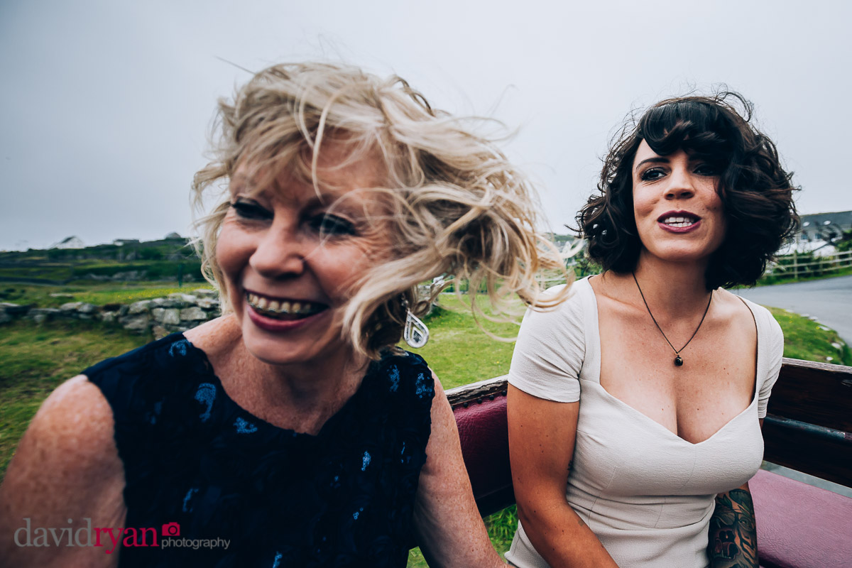 bride and her mother on inis oirr