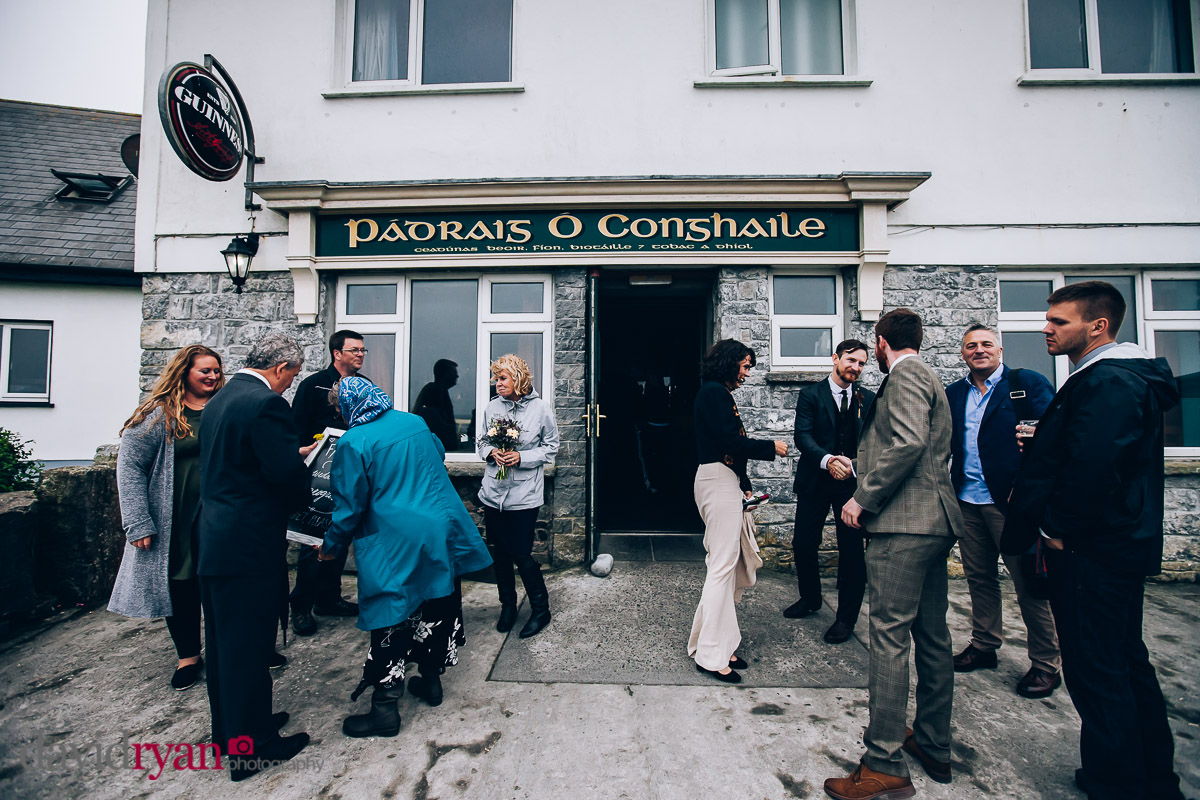 the pub on inis oirr
