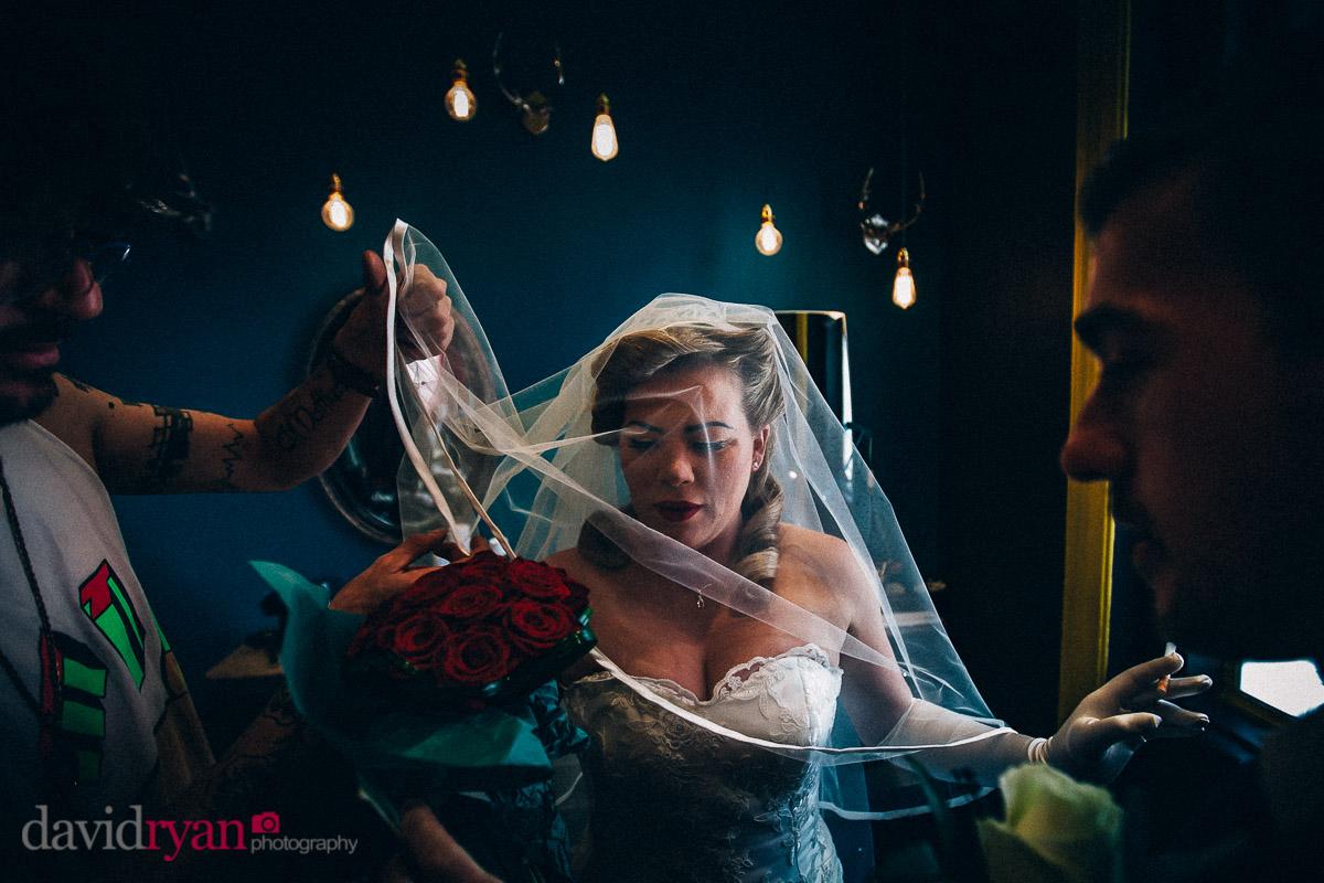 final adjustments to brides veil