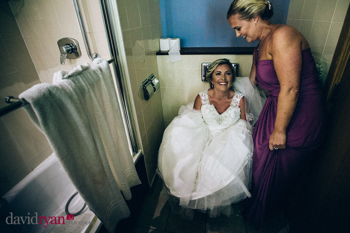 bride going to the toilet